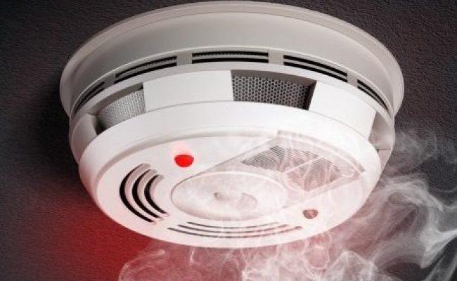 depositphotos_64015179-stock-photo-smoke-detector - Copy